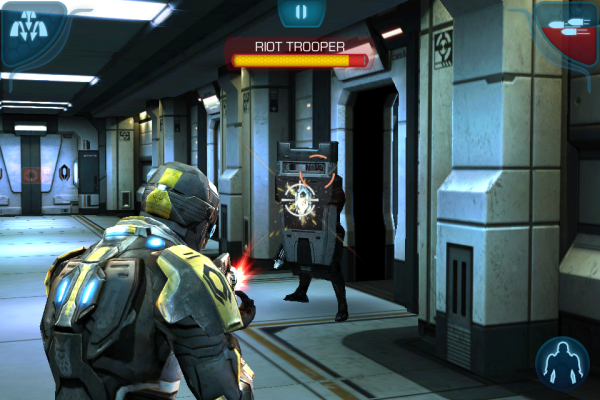 Screenshot of Mass Effect Infiltrator gameplay
