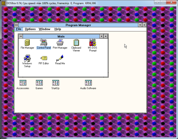 Screenshot of Windows 3.1 running at 800x600 with a 256 color wallpaper.